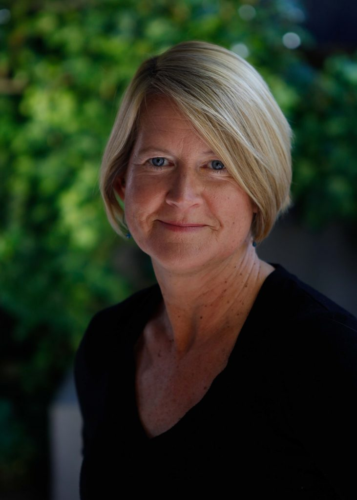 Elizabeth Rusch 2019 Author photo