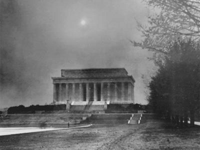 Dust-Storm-on-Lincoln_400x300-72jpg